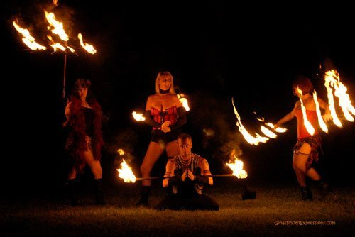 fire-entertainers-burlesque-wilmington-raleigh-nc-charlotte-performers-sideshow